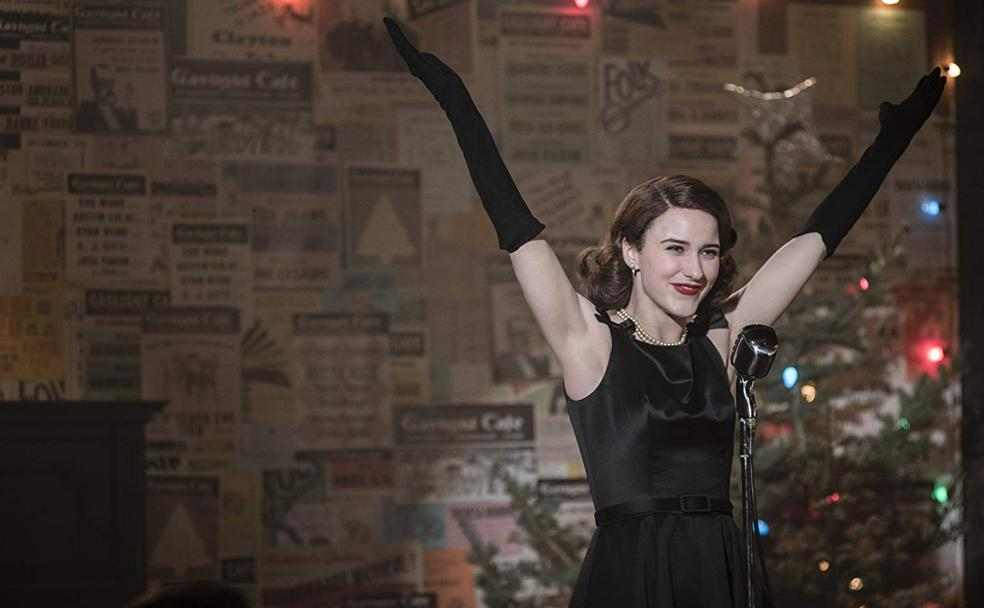 Rachel Brosnahan en 'The Marvelous Mrs. Maisel' (2017 -.)/
