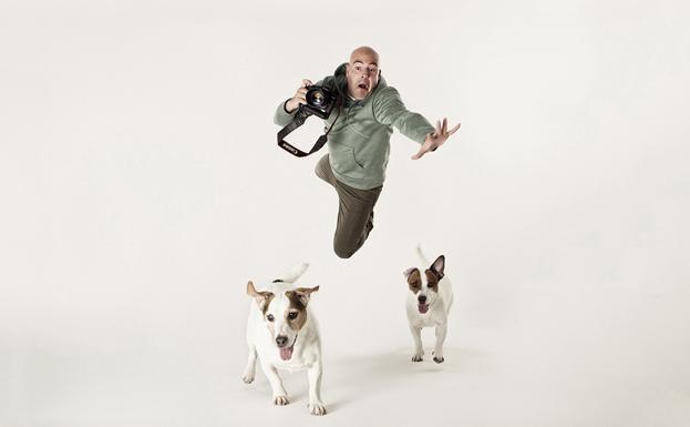 El 'fotógrafo de los perros' visitó Cantabria cámara en mano