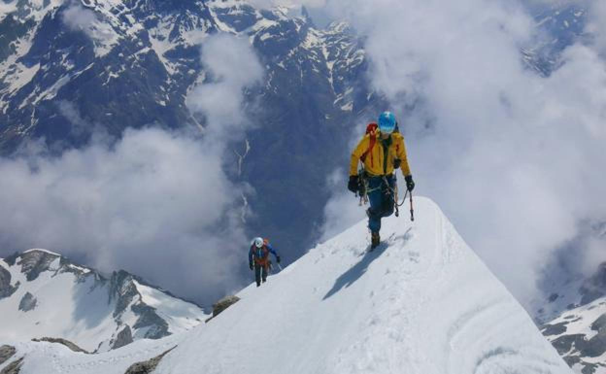 Consejos para adentrarse en el alpinismo invernal | El Diario Montañes